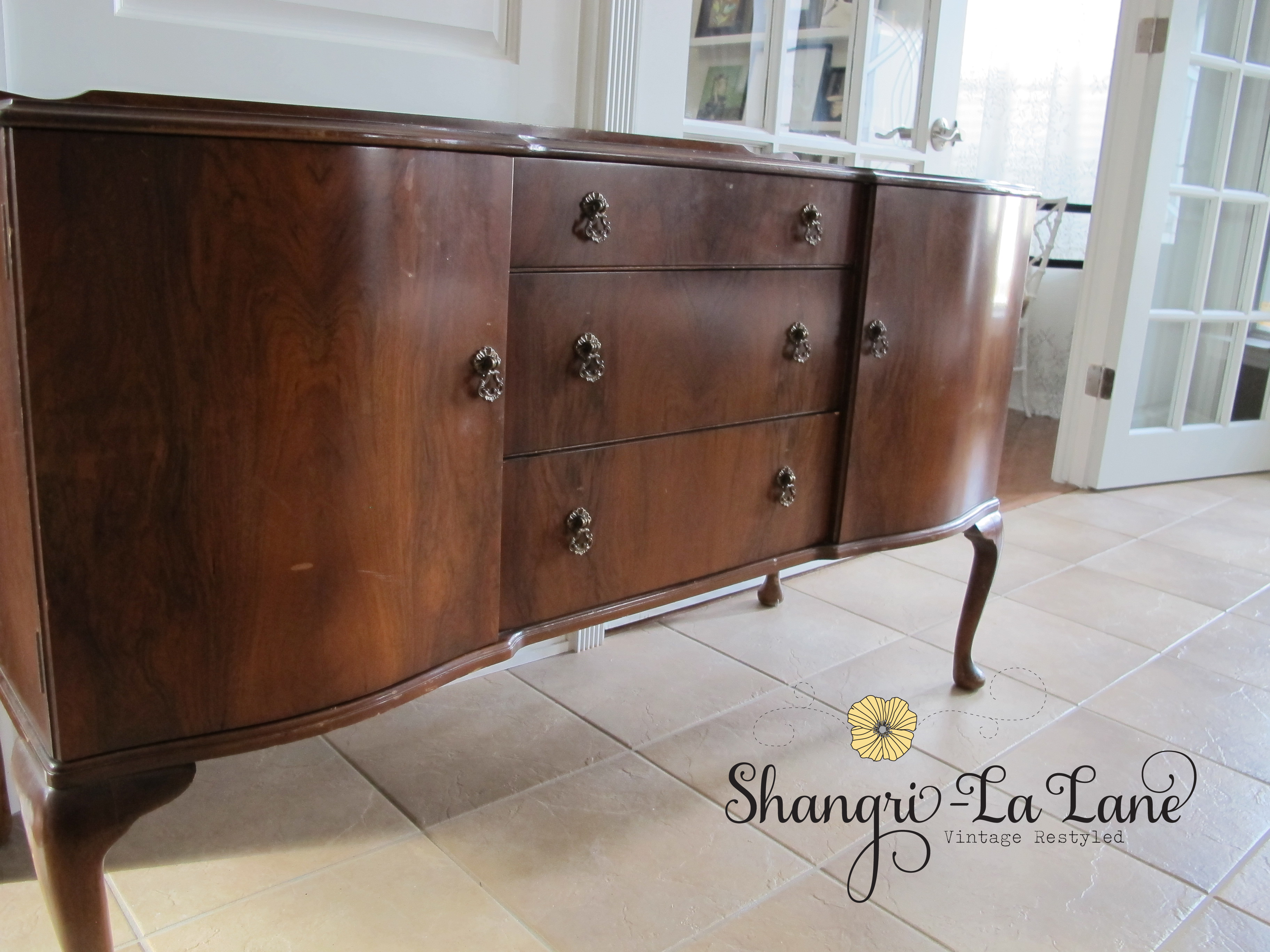 antique sideboard shangri la lane. Black Bedroom Furniture Sets. Home Design Ideas