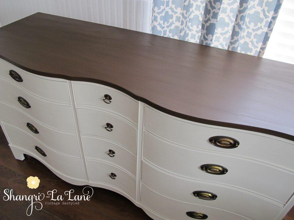 LB Dresser 3
